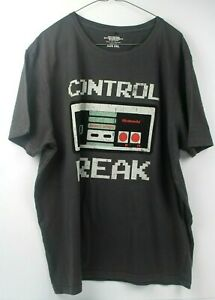 Nintendo Retro Gaming Style Original Nintendo Controller T -Shirt Size XXXL
