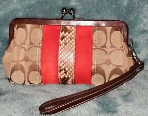 Auth💥EVC-Super Rare💥Coach Sig Kiss Lock Suede and Snakeskin Detail Wristlet SD