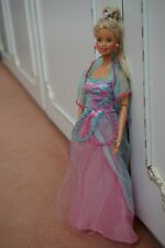 Barbie doll Vintage Twist n' Turn Magic Jewel Dress magnetic hand