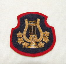 Canadian Army Gold Wire BANDSMAN Badge on Blue & Red
