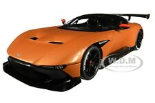 Box Dented ASTON MARTIN VULCAN MADAGASCAR ORANGE W/CARBON TOP 1/18 AUTOART 70264