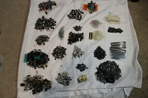Mixed lot of electronic components - SMT resistors diodes fets regulators 6LBS
