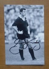 Gary Knight (New Zealand, 1977-86), Signed Photograph (6'' x 4'').