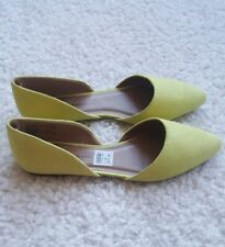 Christian Siriano for Payless Gianna Yellow Fabric - Shoe Size 8