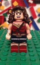 Lego DC super heroes  WONDER WOMAN minifigure 76046  Batman v Superman