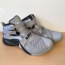 Nike LeBron Soldier 9 Basketball shoes Mens Size 11 Gray Black 749490 010
