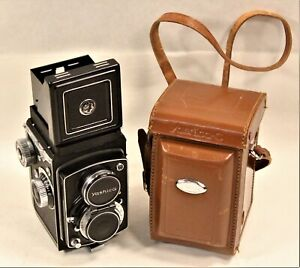 YASHICA-C Twin Lens Reflex Camera 1957 VINTAGE TLR 120 Film with Case 80mm f3.5