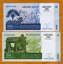 LOT Madagascar, Sets, 5 x 100; 200, 2004, P-86;87 UNC