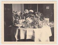 (F18659) Orig. Foto Geschenketisch Verlobung, Wohnung i. Stuttgart 14.4.1935