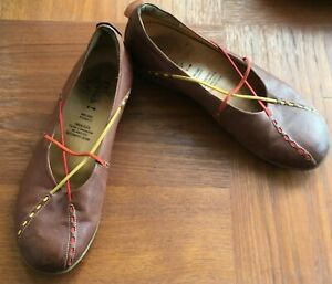 STUNNING THINK  BROWN LEATHER  FLAT PUMPS SHOES Size 7 41