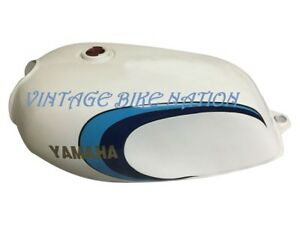 Yamaha RD350LC White Painted Fuel Tank 1980-81 (Rep) With Cap&Key