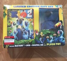 Rio 2 Limited Edition Gift Set! Blu Plush Toy Blu Ray , Dvd, Digital HD Combo US