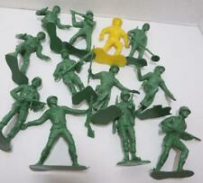 Vintage lot 12 Army Warriors Green 1 Yellow Plastic Men 5 inches
