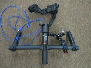 MOZA Air Gimbal stabilizer two handed grip & MOZA Wireless Thumb Controller
