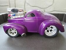 1:18 Muscle Machines 1941 Jeep Willys Coupe Pro Street Purple