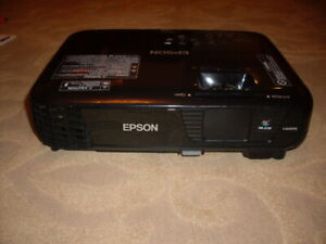 Epson EX5250 LCD Projector