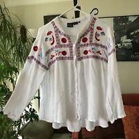 White Boho Embroidered Rayon Gauze Swing Blouse Top sz M