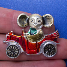 CHEBURASHKA Car Russian CARTOON HERO Pin Badge Buttons Metal Brooch kid USSR