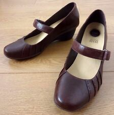 Clarks Ladies Active Air Mary Janes Brown Leather Heel Shoes Size UK 7 EUR 41