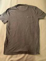 Hollister men's medium cotton / polyester gray scoop neck NWOT pocket w/ moose