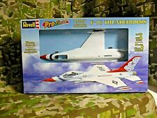 REVELL Pro Finish USAF F-16 THUNDERBIRD Skill 2 Model Kit Unopened (MA-346)
