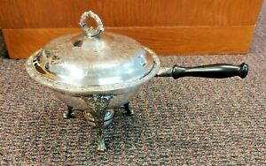 Vintage Wm Rogers Silver Plated Serving Pan/ Chafing Dish.  Complete set.