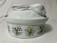 Cordon Bleu Rabbit Casserole Dish Botanical 2 Quart Lidded USA White Easter