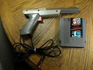 Nintendo Zapper Gun & Super Mario Bros / Duck Hunt Cartridge Tested & Cleaned.