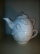 Home tm made in China white with outline gold leaves 3pc teapot
