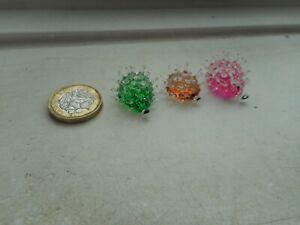HEDGEHOG  - GLASS -  3 x TINY MINIATURE PINK, BROWN & GREEN PRICKLY HEDGEHOGS