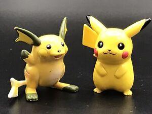 "Vintage Pokemon Raichu with Pikachu 1.5"" Figures G1 Tomy CGTSJ Nintendo 1990s"