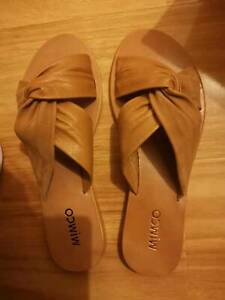 MIMCO SULTRA SLIDE,new with box, size 39(recommend for size 38)