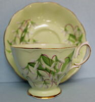 Royal Albert Vintage Laurentian Snowdrop Green Teacup Saucer EUC