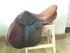 "butet saddle 17.5"" Gently used"