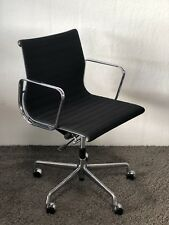 Original VITRA Eames EA 117 Alu Chair Bürostuhl Drehstuhl Stuhl (schwarz) Chrom