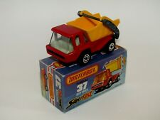 Matchbox Superfast No 37 Skip Truck Red Black Base SMOKE Glass MIB