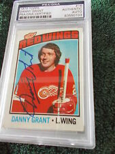 DANNY GRANT HAND SIGNED 1976 TOPPS CARD PSA ENCAPSULATED