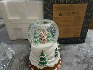 Partylite Christmas Snowglobe Tealight Holder brand new & collectable