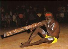 AK: Australien: Aborigines: Didjeridoo-Spieler