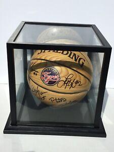 WNBA 2016 INDIANA FEVER (13) Autographed basketball w/8X10 photo & display case