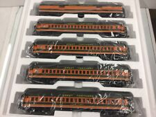 MTH 20-40011 Great Northern 5-Car 70' Madison Passenger Set O Scale 3 Rail NEW!
