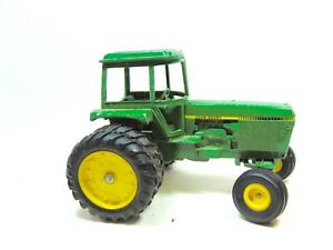 Retro 1:24 John Deere Dual Tire Tractor Toy by ERTL (Ca. 1980's)