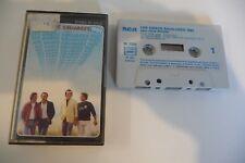 LES CHATS SAUVAGES 1982 AVEC DICK RIVERS K7 AUDIO. JAQUETTE ERREUR D'IMPRESSION.