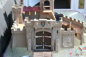 Playmobil - Falcon - Knights Castle + Lots of Accessories