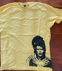 DAVID BOWIE Official T Shirt Wig Out Yellow Size XL Brand New Unworn