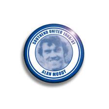 More details for southend united 1980/81 team badges x18