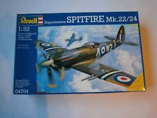 Revell 1/32 Spitfire MK22/24 (Kit No. 04704) Sealed
