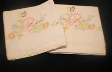 Vtg Hand Embroidered Pair of Pillowcases Flowers Crochet Scallop Trim Floral