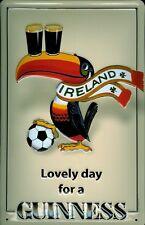 Blechschild Guinness Bier Lovely Day for a Guinness Ireland Fussball Toucan Beer