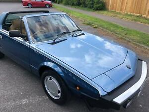 Fiat X1/9 VS Bertone